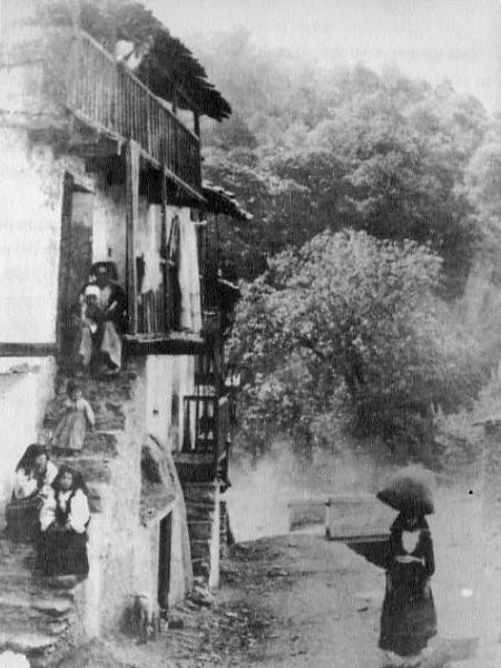 Foto antiche desulo sito di marco floris for Immagini di case antiche